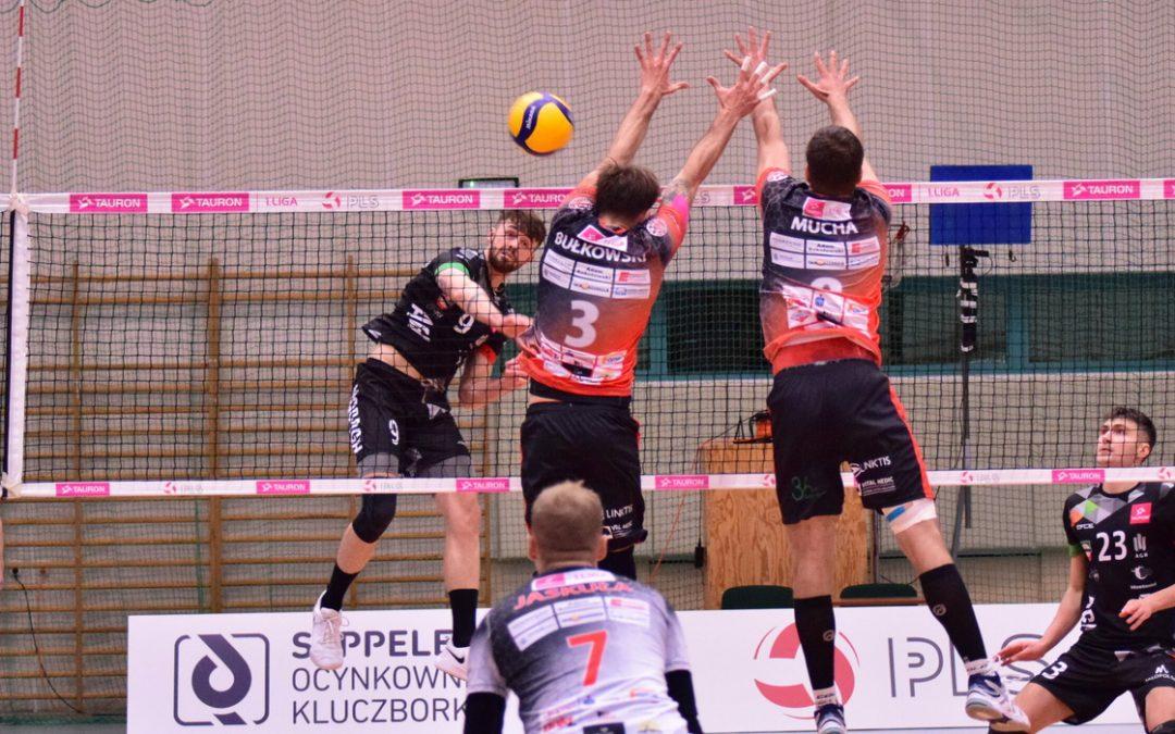 KKS Mickiewicz Kluczbork 0 – 3 AZS AGH Kraków